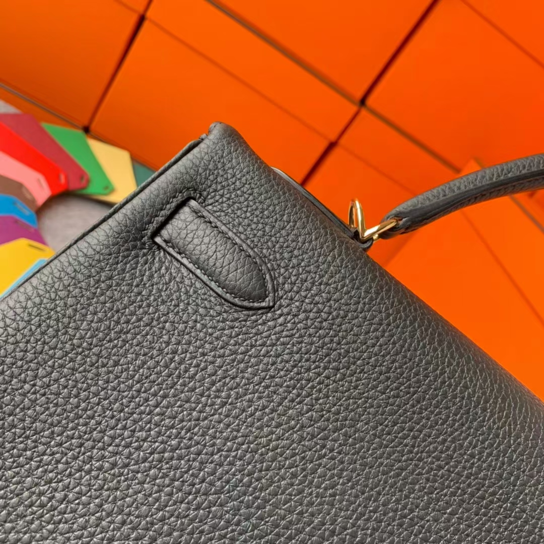 Hermès(爱马仕)Kelly 凯莉包 CK89黑色 原厂御用顶级小牛皮 金扣 32cm 现货