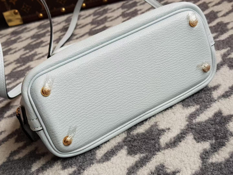 Hermès(爱马仕)Bolide 1923 保龄球包 mini 山羊皮 T0 blue brume 雾蓝色 金扣