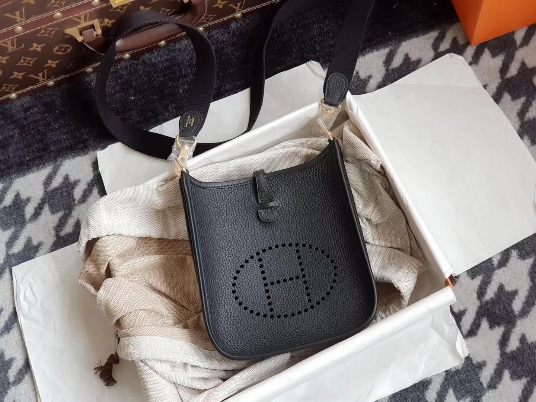 Hermès(爱马仕)mini Evelyne 迷你 伊芙琳 TC皮 cc89 黑色 金扣 17cm