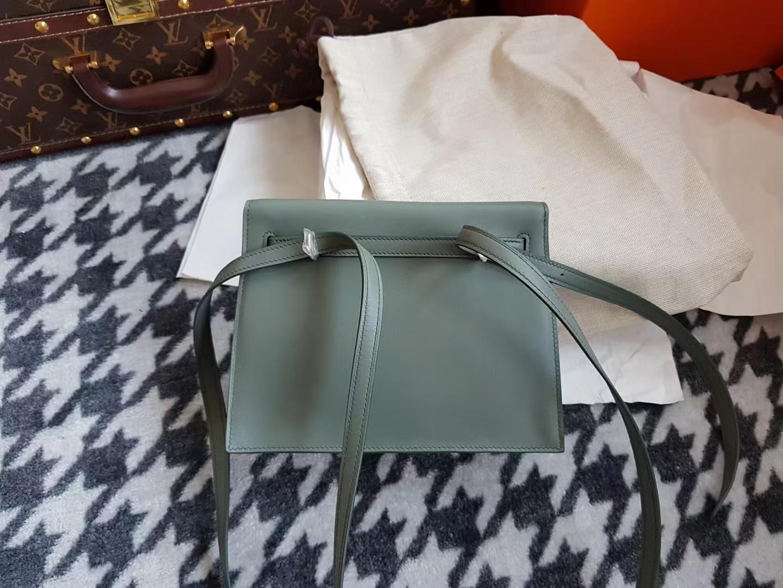 Hermès(爱马仕)Kelly danse 跳舞包 Evecolor CC63 vert amande 杏绿色 金扣 22cm