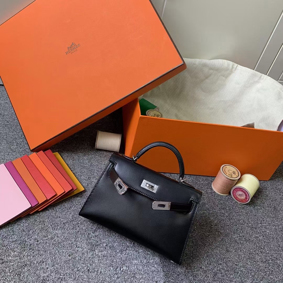 Hermès(爱马仕)Mini Kelly 迷你凯莉 CK89 黑色 原厂御用顶级Box皮 金扣 二代