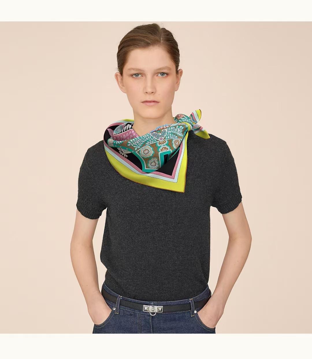Hermès(爱马仕) 方巾 《马鞍垫》黑色 100%真丝 90cm