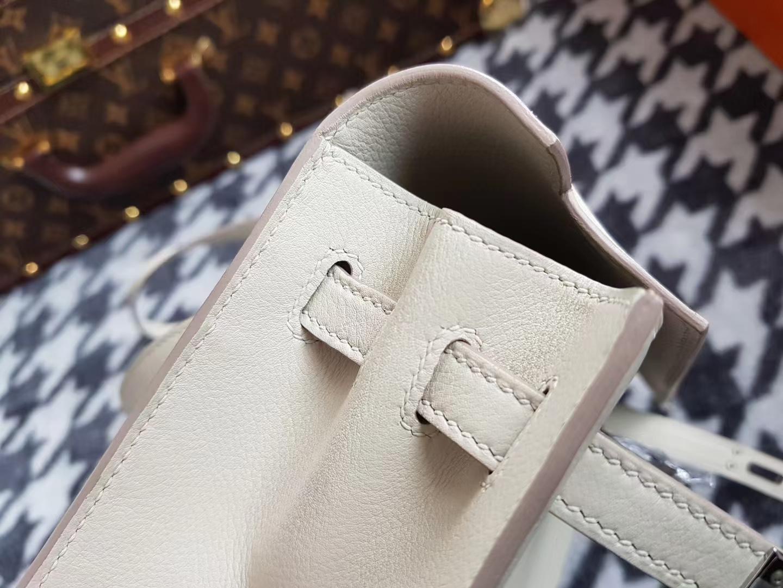 Hermès(爱马仕)Kelly danse 跳舞包 Evecolor牛皮 奶昔白 银扣 22cm