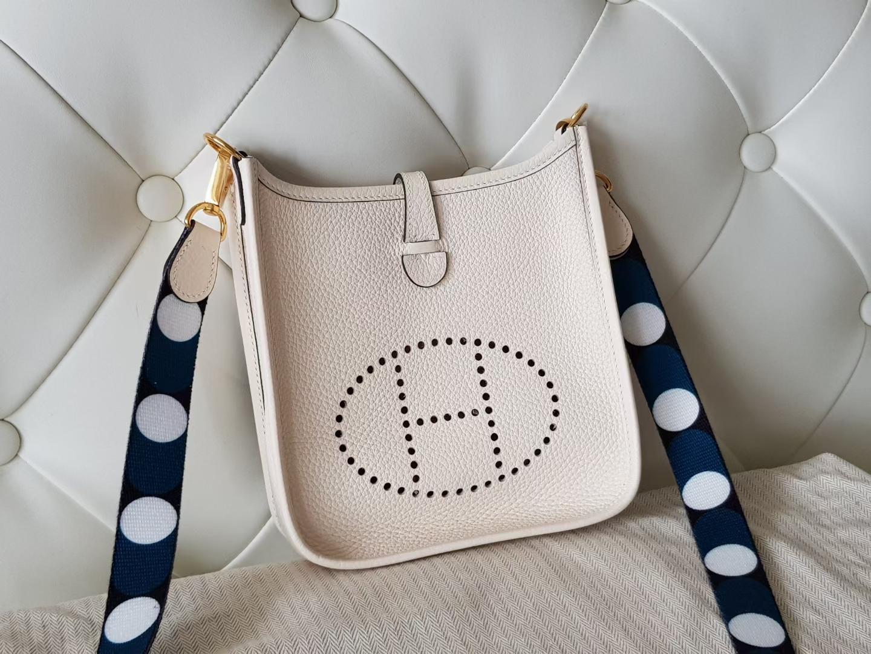 Hermès(爱马仕)mini Evelyne 迷你伊芙琳 tc牛皮 奶油白 金扣 16cm