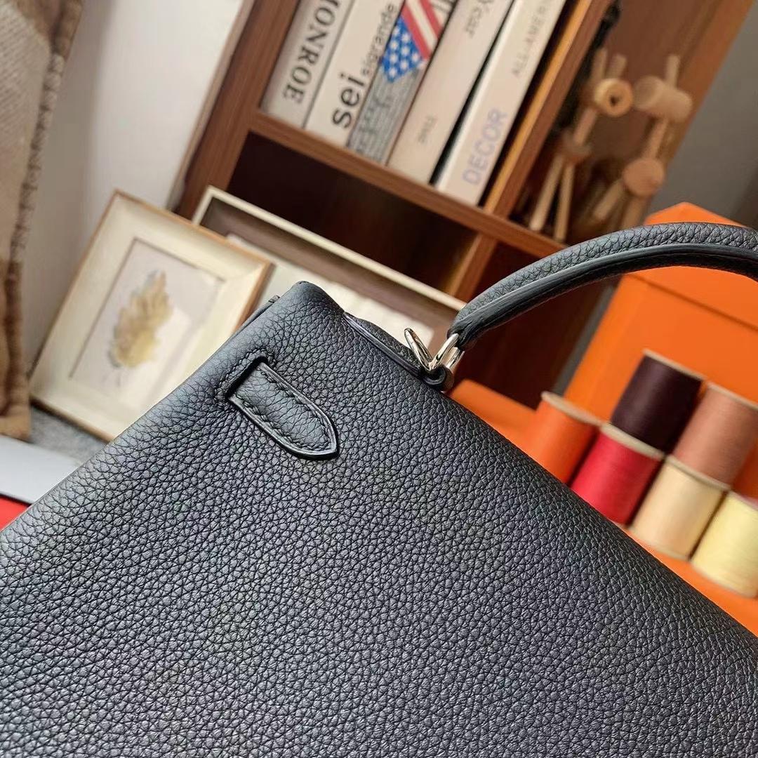 Hermès(爱马仕)Kelly 凯莉包 CK89 黑色 原厂御用顶级小牛皮 25 银扣